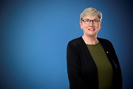 corporate portrait dr lyn roberts vic health photography melbourne