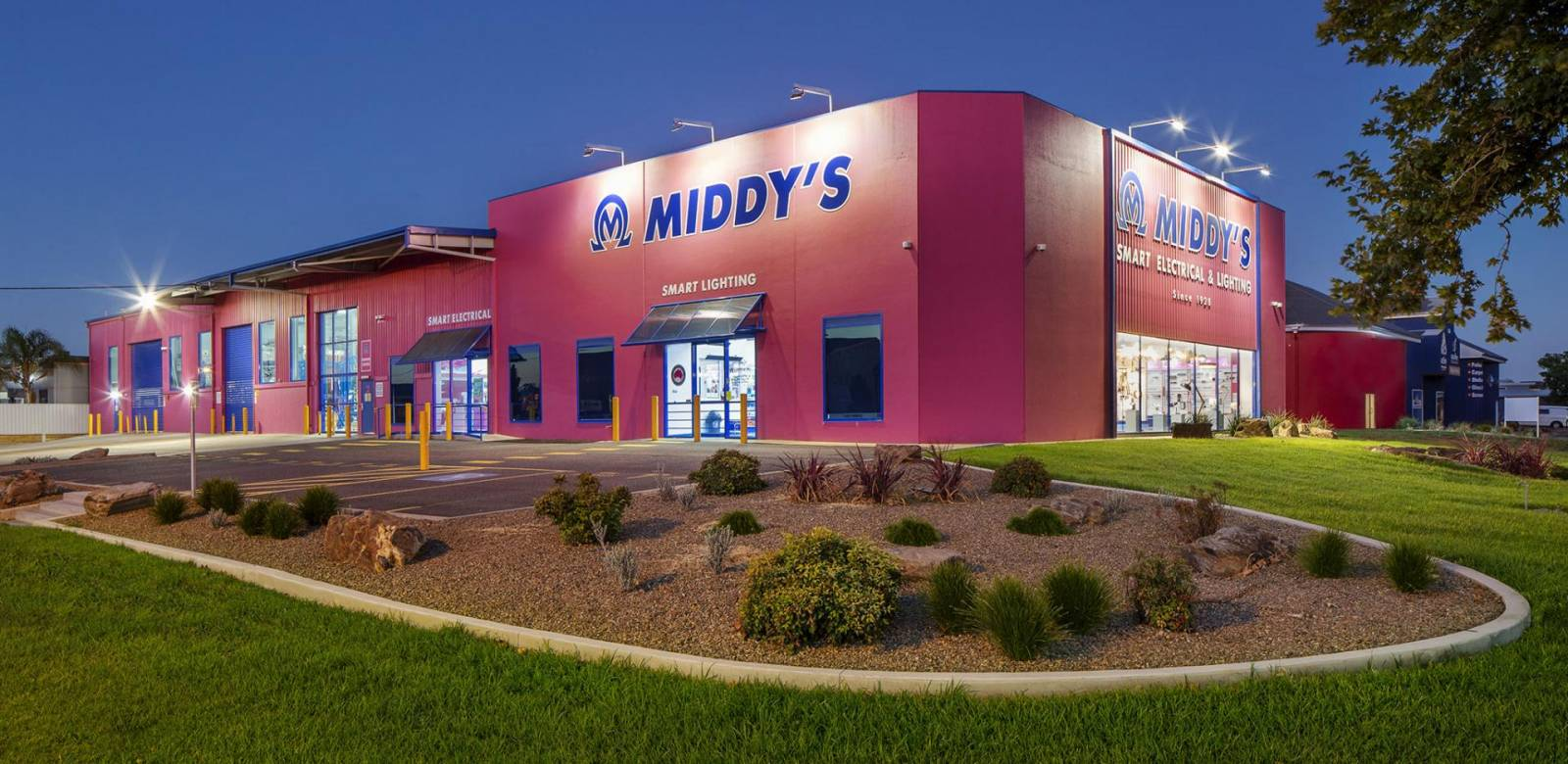Middys Wagga Wagga store external dusk photography for retail branding
